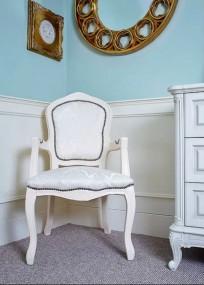 Antyczny fotel  KOŚĆ SŁONIOWA tapicerowany krzesło do jadalni salonu
